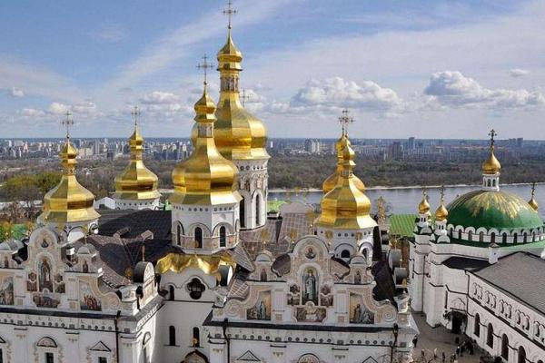 Усі будівлі, які займає Московський патріархат, перейдуть у власність УПЦ