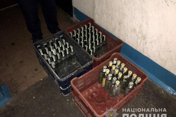 Алкогольні напої на загальну суму майже 20 тисяч гривень викрав житель Вараша