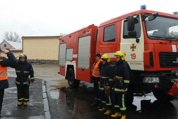 Костопільські рятувальники провели тактико-спеціальні навчання на КТ «Рівне-ПАС» автостанція «Костопіль»
