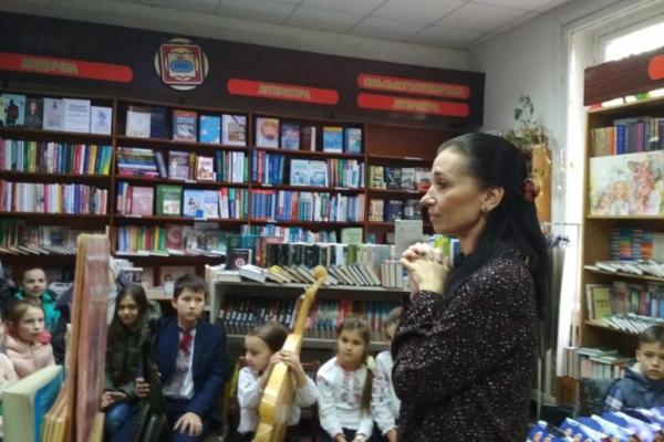 Рівненська письменниця Олена Медведєва розповіла про магічний процес народження казки