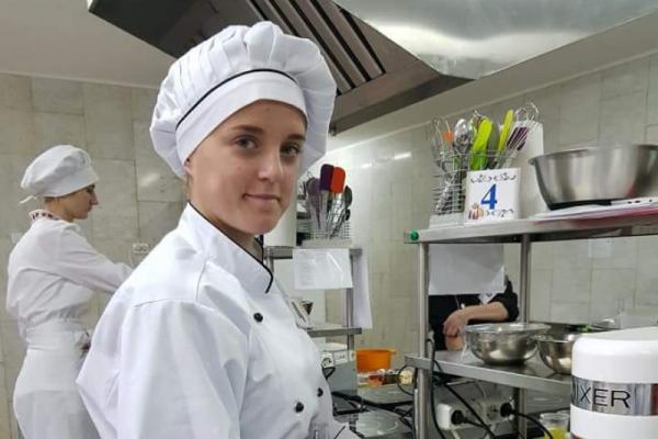 Демидівчанку визнали кращою кондитеркою Рівненщини