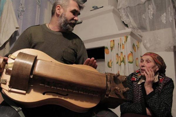 У Рівному презентують виставку «Українські народні інструменти»
