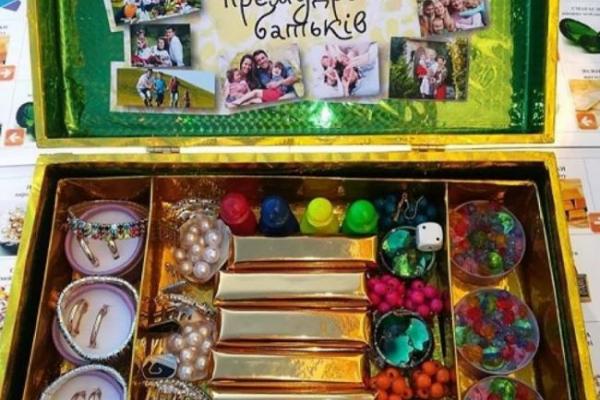 «Скарби премудрості батьків»: педагог з Тараканова Ольга Чорнобай створила настільну інтерактивну гру