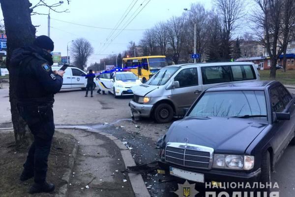 У Рівному в ДТП постраждало двоє громадян