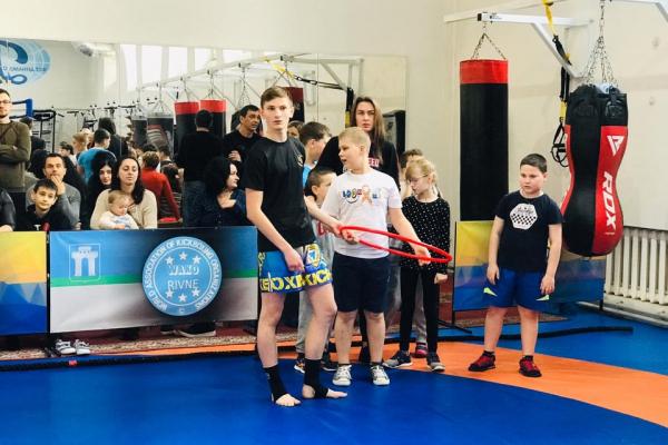 Дітей-аутистів у Рівному лікують спортом