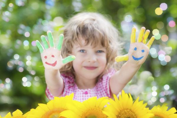 Для дітей-сиріт та дітей з інвалідністю збільшать соціальну допомогу
