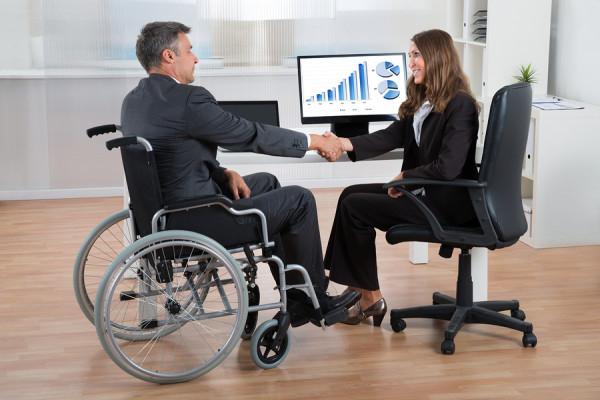 Уряд полегшить пошук роботи людям з інвалідністю