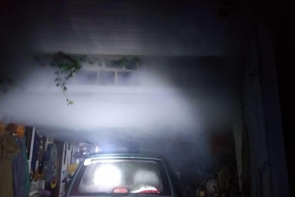 Рівненські вогнеборці врятували житло від вогню