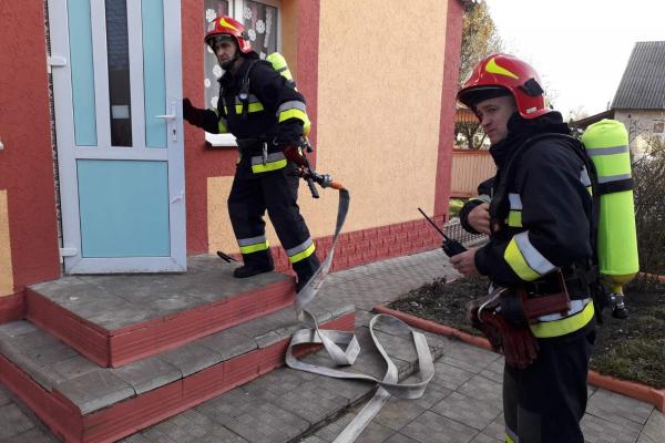 Рятувальники провели навчання на території Урвенського будинку інвалідів на Рівненщині