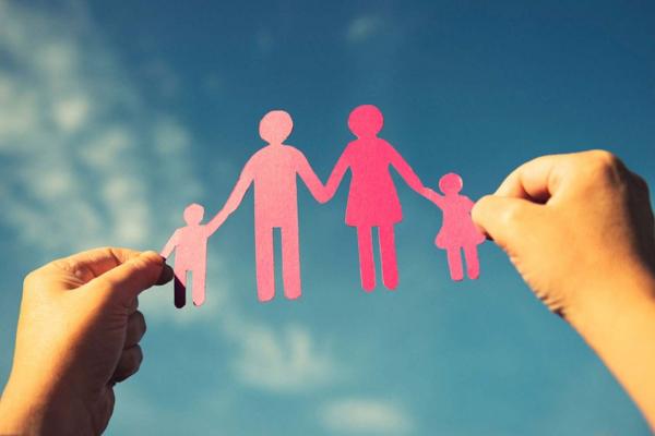 Уряд впроваджує професійну допомогу сім'ям, які опинилися у скрутному становищі