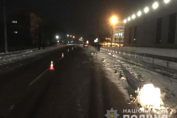 На Рівненщині п'яний водій збив двох велосипедистів (Фото)
