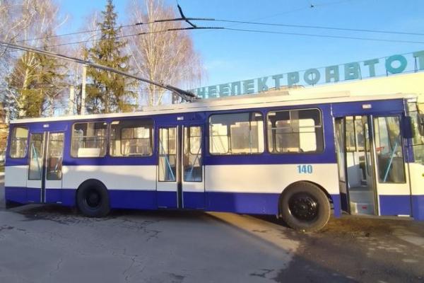 У КП «Рівнеелектроавтотранс» РМР вийшов на лінію черговий тролейбус