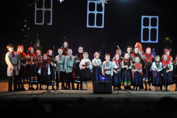 Фестиваль пісенно-музичного мистецтва «Різдвяні піснеспіви» відбувся у Рівному в МБК