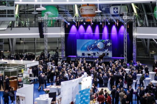 Рівненщину представляють на Форумі в Жешуві