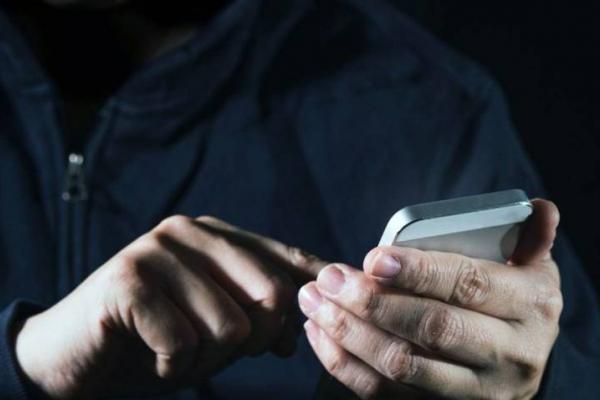 Рівненські поліцейські піймали телефонного шахрая