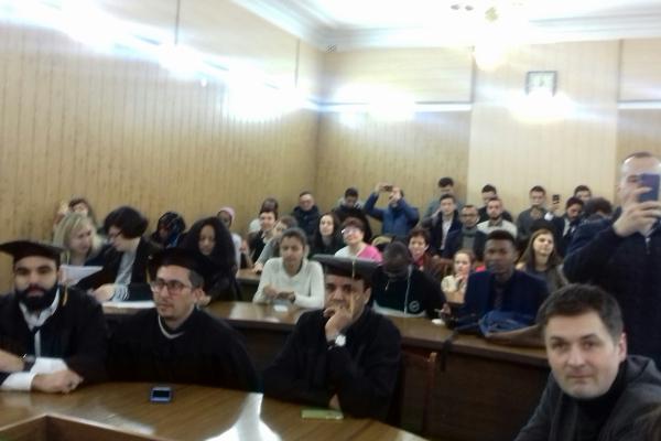 Визначна подія в НУВГП - вручення дипломів магістрів студентам-іноземцям (ФОТО)