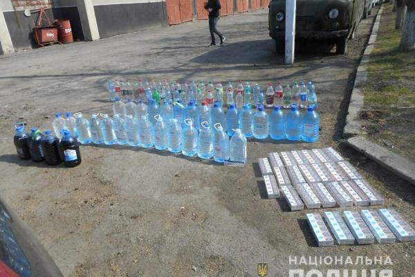 На Млинівщині працівники поліції вилучили понад двісті п'ятдесят літрів спирту та понад тисячу пляшок алкоголю