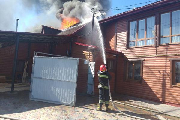 У Дубно палав житловий будинок
