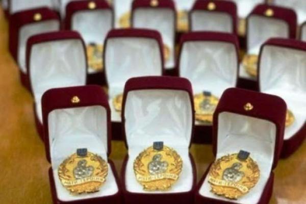 «Мати-героїня» - таке почесне звання отримали 74 жінки з Рівненщини