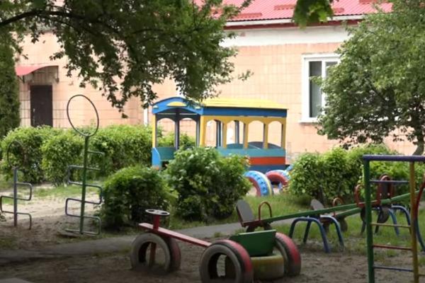 На Рівненщині очікують відновлення роботи дитячих садків (ВІДЕО)