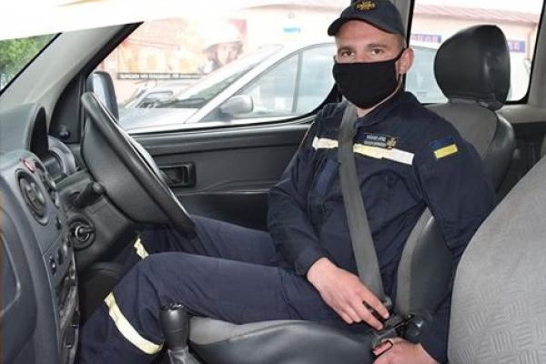 Служба безпеки дорожнього руху нагадує рівненським водіям про правила безпеки