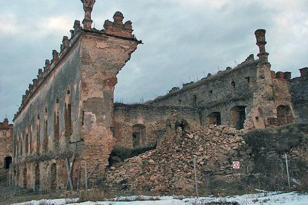 Національний центр Олександра Довженка - банкрут?