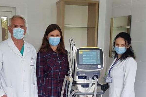 В реанімації Рівненської обласної дитячої лікарні - новий апарат ШВЛ