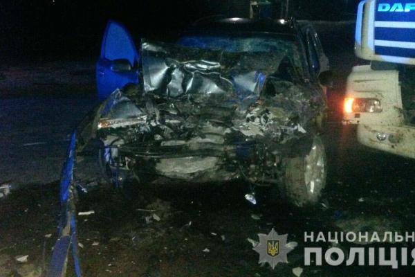 «Skoda Oktavia» і вантажний автомобіль «DAF» потрапили у ДТП на Рівненщині