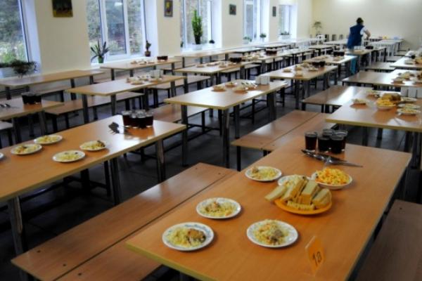 Близько сотні шкіл Рівненщини оновлять харчові блоки