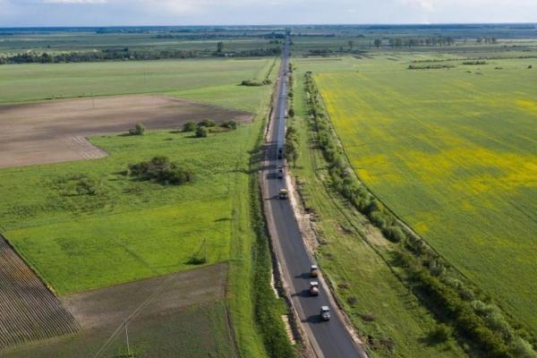На Рівненщині триває відновлення дороги державного значення (ВІДЕО)