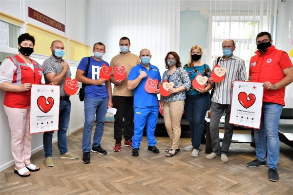 Рівненщина долучилась до благодійної акції-марафону «Перемога у нас в крові»