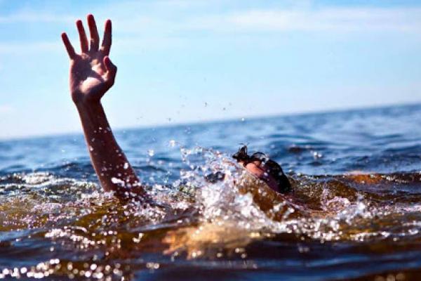 На Рівненщині в річці потонув чоловік