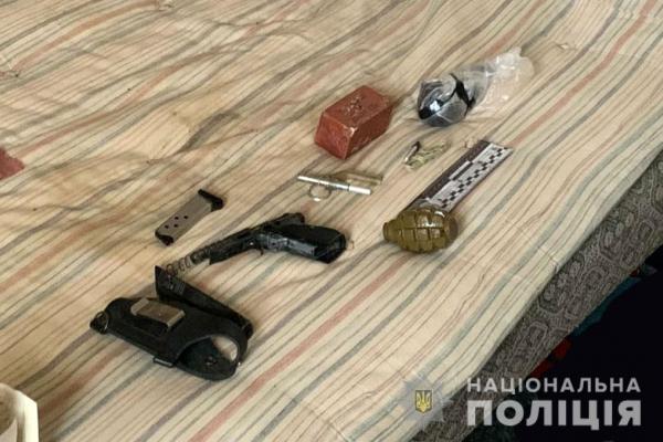 На Сарненщині чоловіка зв'язали у власному будинку та ледь не забили до смерті (ФОТО)