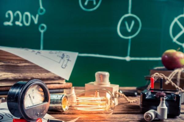 Близько восьмиста випускників Рівненщини здавали ЗНО з фізики