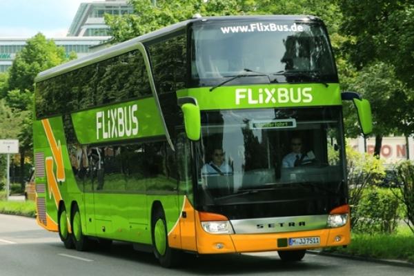 Через Рівне курсуватимуть автобуси німецької компанії