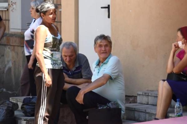 Безхатьків виселили з притулку у Рівному (ВІДЕО)