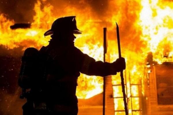 Рівненські вогнеборці впродовж тижня 25 разів виїжджали гасити пожежі