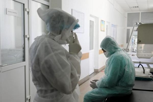 Від ускладнень COVID-19 на Рівненщині померли дві жінки різного віку