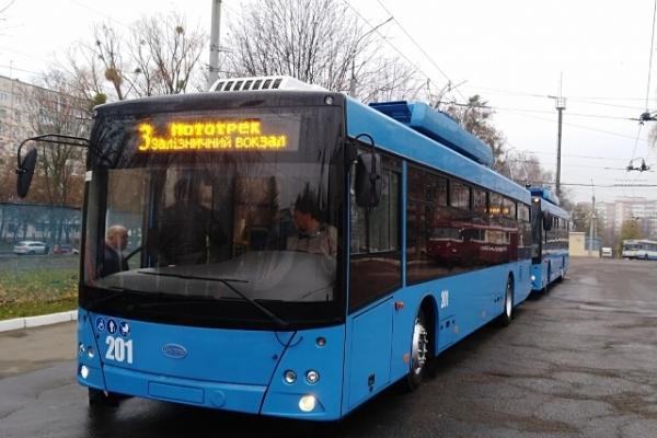 Тролейбусники Рівного потерпають через коронавірус