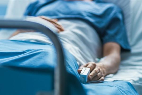 Лікарні Рівненщини, які лікують хворих на COVID-19, заповнені майже наполовину