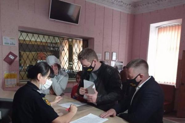 Віктор Шакирзян подав заяву в поліцію стосовно нічного нападу на активістів