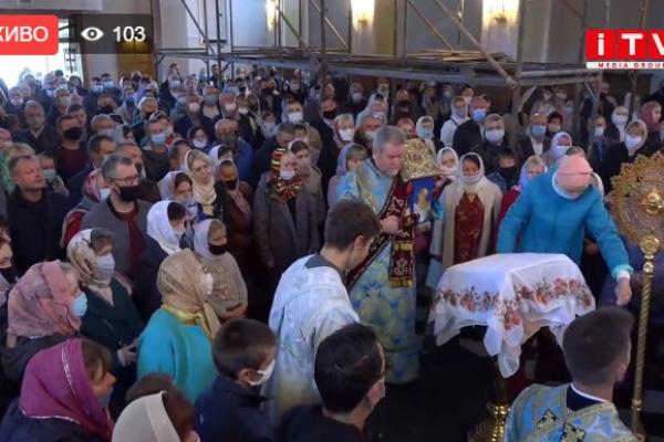 Рівненський телеканал ITV транслює Богослужіння зі Свято-Покровського кафедрального собору (ВІДЕО)