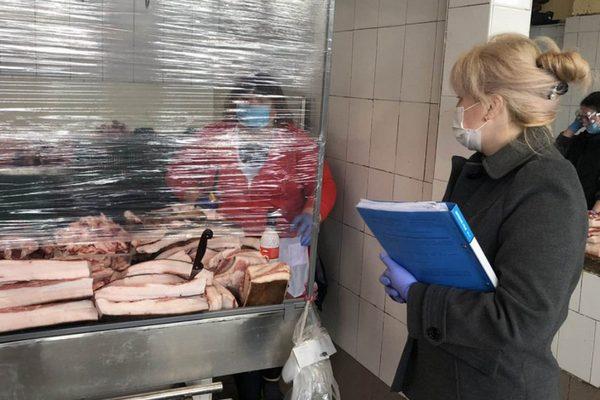 У Рівненській області зафіксували 4316 повідомлень про порушення карантину