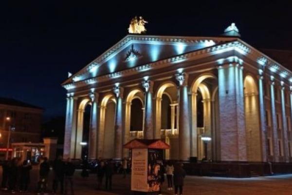 Рівненський драматичний театр вимушено пішов на канікули (ВІДЕО)