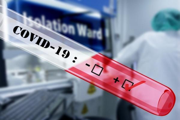 Рівняни продовжують хворіти: чим схожі та чим відрізняються COVID-19 і віруси грипу?