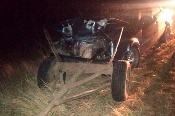 На Березнівщині сталася ДТП: легковий автомобіль зіткнувся з підводою