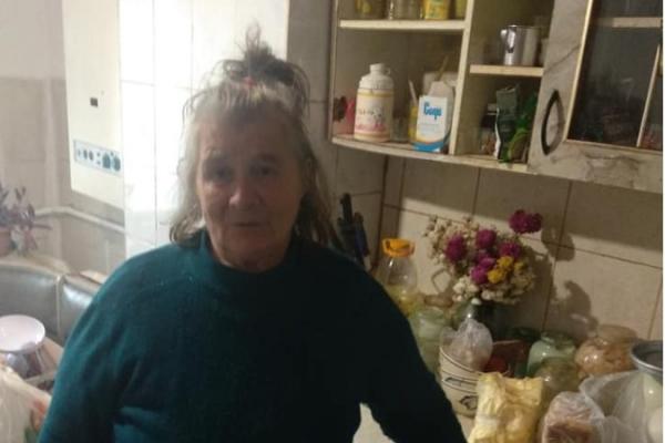 На Рівненщині 70-річна бабуся самостійно виховує 3 онуків, які осиротіли (Фото)