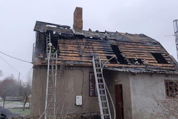У Малому Шпакові палав будинок