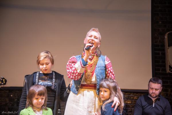 Етно-рок-Діва з Рівненського Полісся презентувала перший аудіоальбом «Етно-вірші» (ФОТО)