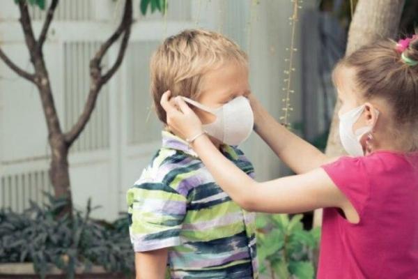 В Україні п'ятий тиждень спостерігається позитивна динаміка щодо захворюваності на COVID-19